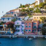Греция идет на рекорд: по числу выданных «золотых виз» она опередила США